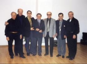 Gennaro Ruffolo in gruppo e fra molti nomi illustri della fisarm